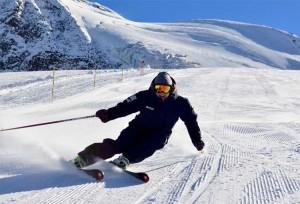 Emma-Cairns-skiing-Saas-Fee