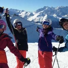 #Girls_who_ski